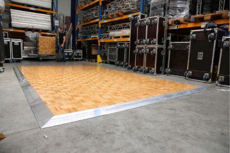 Kit parquet piste de danse - 40m2-96 pax
