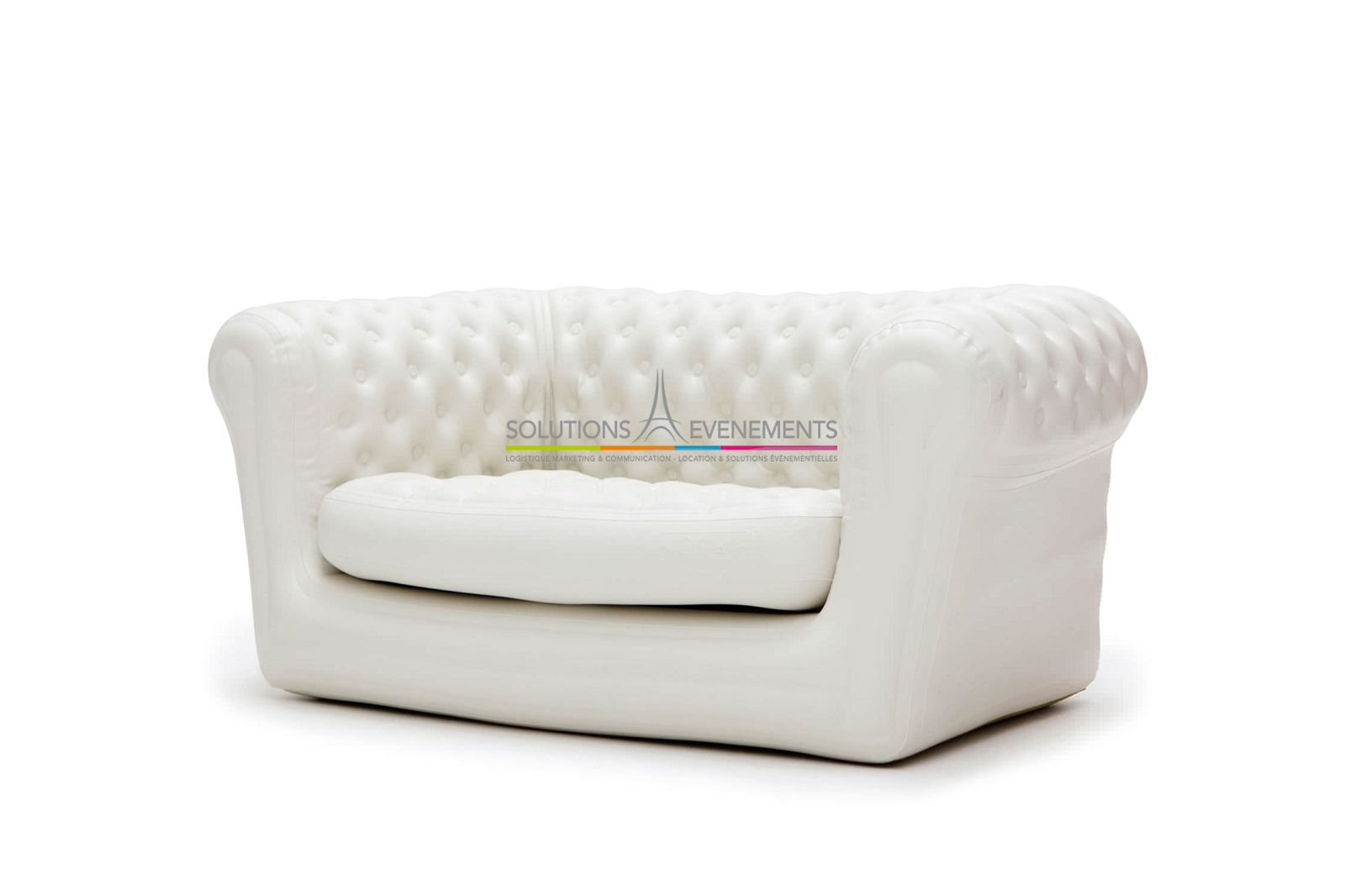 location de canape chesterfield gonflable blanc. Black Bedroom Furniture Sets. Home Design Ideas