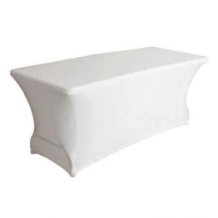 Table rectangulaire  6 à 8 personnes avec housse blanche