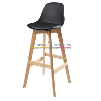 location tabouret bar haut scandinave oslo noir. Black Bedroom Furniture Sets. Home Design Ideas