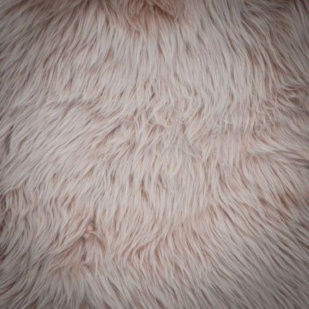 Tapis fourrure rose 60 x 100cm